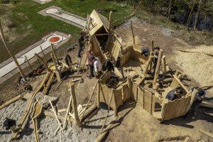 Die erste Bauwoche unseres Spielplatzes